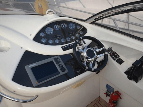 With sporting credentials, the Superhawk 34 remains a highly popular model on the brokerage market