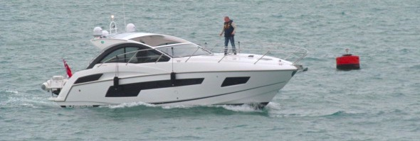 Sunseeker Channel Islands completes sale and handover of new Sunseeker Portofino 40