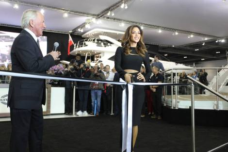 Nicole Scherzinger cut the ribbon on the Sunseeker stand, officially unveiling the new Predator 57