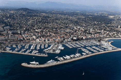 Sunseeker Cannes have listed a 15m x 5.5m berth in Port Camille Rayon, Golfe Juan Photo: Frédéric Hédelin