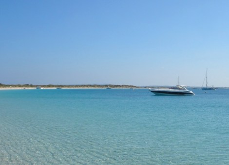Spot the Sunseeker: Take a charter to Playa de Ses Illetes with Sunseeker Ibiza