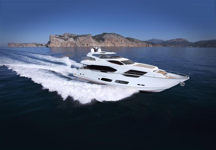 Launching Spring 2016: The NEW Sunseeker 95 Yacht