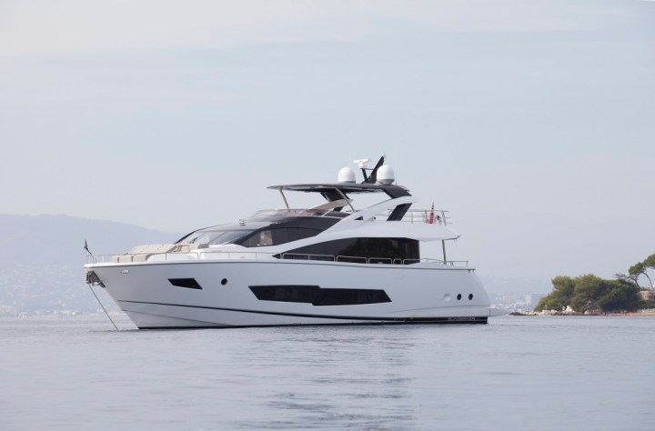 Sunseeker Malta sell 86 Yacht expanding charter fleet in Malta