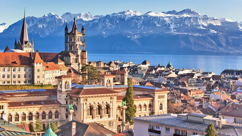 EAT, DRINK, SLEEP: Celebrating Basel World, Sunseeker presents Lausanne Palace and Spa