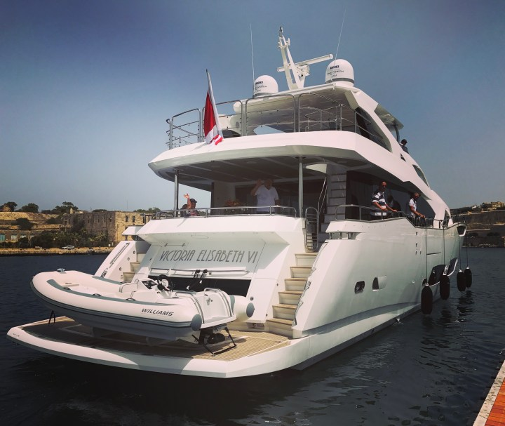HANDOVER: Sunseeker Southampton are excited to announce the handover of a new Sunseeker 95 Yacht