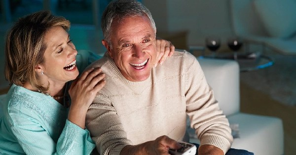 happy elderly couple - Choosing a new AC - Fort Myers - Sunset Air & Home Services