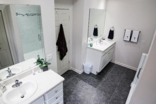 Upscale Bathroom-16