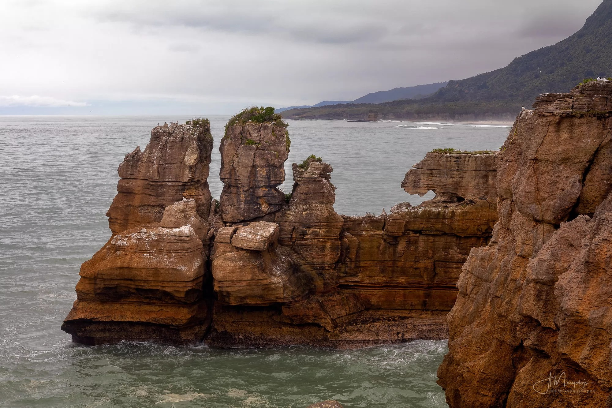 Unusual shapes of Pancake Rocks