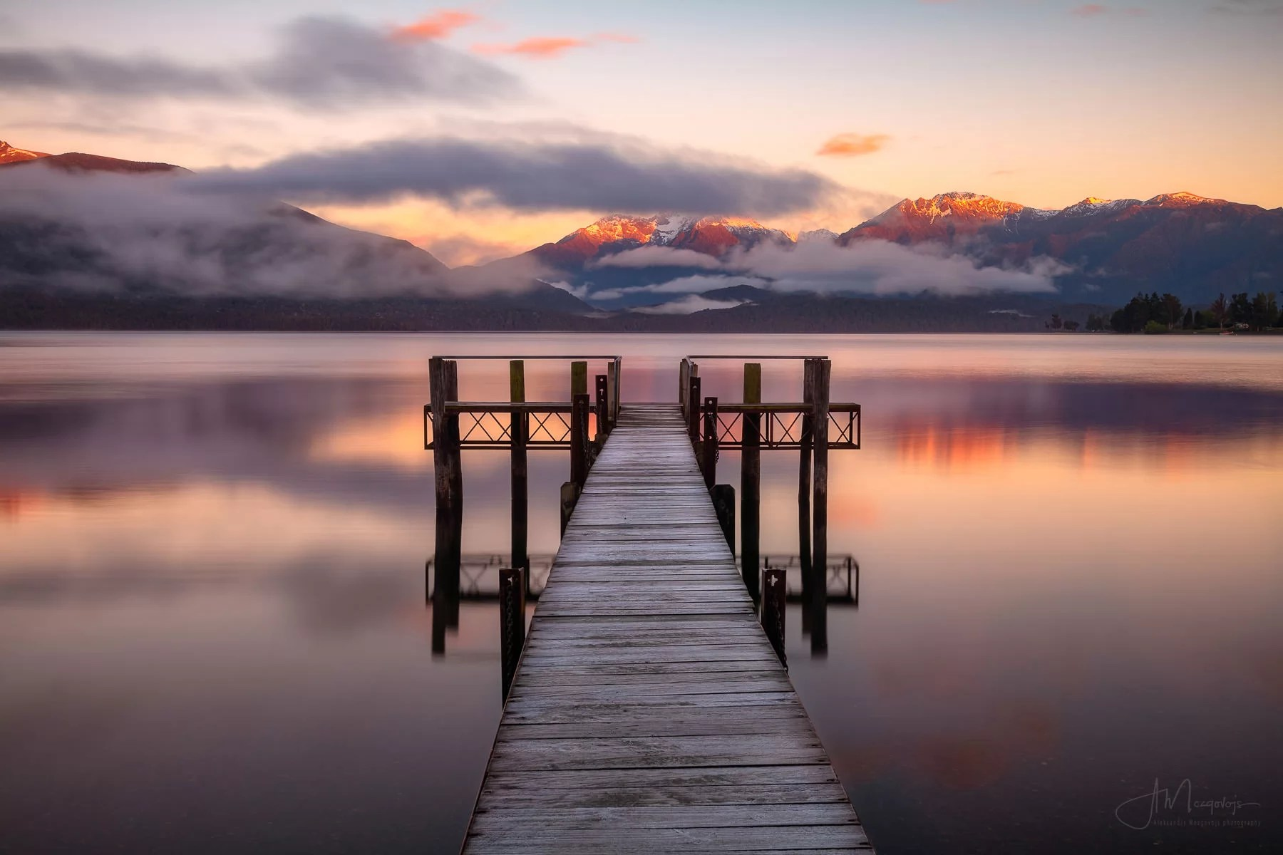 Sunrise in Te Anau