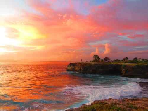Sunset / Nightlife on Nusa Lembongan