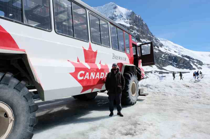 Columbia Icefield Glacier Experience Brewster