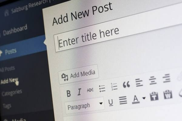 start writing your first blog post on your new travel blog (1)