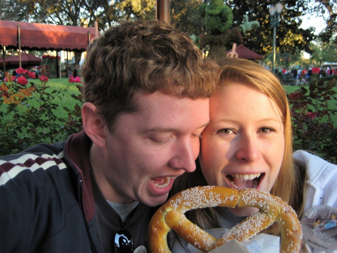 5 Ways to Make a Disney World Trip More Romantic | sunshineandholly.com