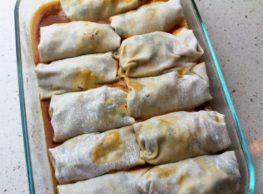 Southwestern Chicken Egg Roll Wraps | sunshineandholly.com | comfort food casserole dinner recipe chicken ranch instant pot