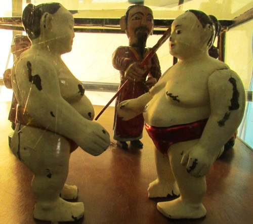 Hanoi_Water Puppets Sumo Wrestlers