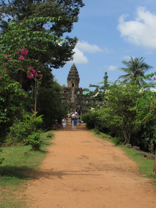 Bakong Entrance