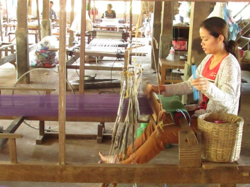 Lolei Orphans Weaving