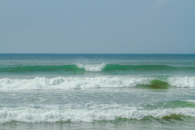 Sri Lanka-Surf-Medawatta-Dondra-Harbour-Tuna-Yellow-Fin-Sushi-Sashimi-Fresh-Burgers-Zephyr-Mirissa-IMG_4669