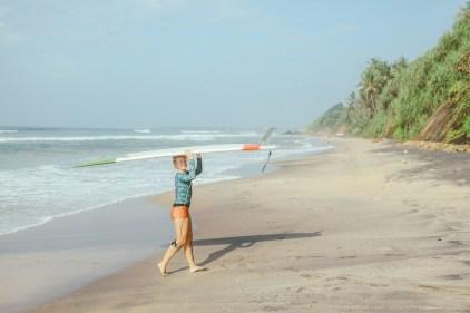 Sri Lanka-Surf-Medawatta-Dondra-Harbour-Tuna-Yellow-Fin-Sushi-Sashimi-Fresh-Burgers-Zephyr-Mirissa-IMG_8034