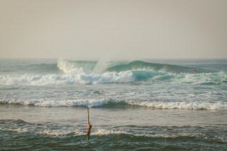 Sri Lanka-Ahangama-Kabalana-The rock-Surf-Barrel-Big swell-Midigama-Surfing-travel-blog-IMG_8734