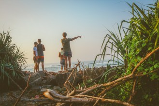 Sri Lanka-Ahangama-Kabalana-The rock-Surf-Barrel-Big swell-Midigama-Surfing-travel-blog-IMG_9329-2