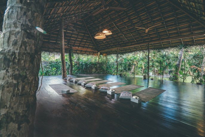 surfyogaretreatcampsrilankaSunshinestories-surf-travel-blog-DSC01847-Redigera-2