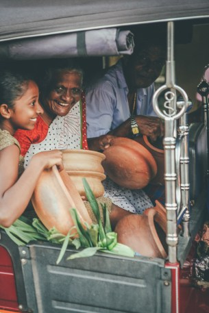 Sri Lanka-New-Year-Surfing-Full-Moon-Ahangama-Midigama-Galle-Festival-Season-Pilgrim-Claypot-IMG_4298