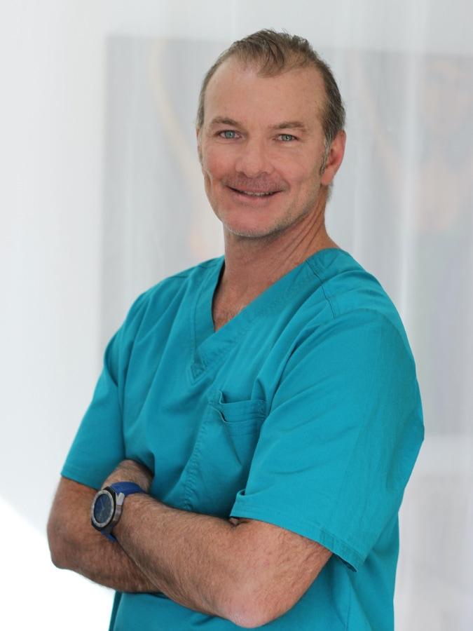 Dr Hugo Pin