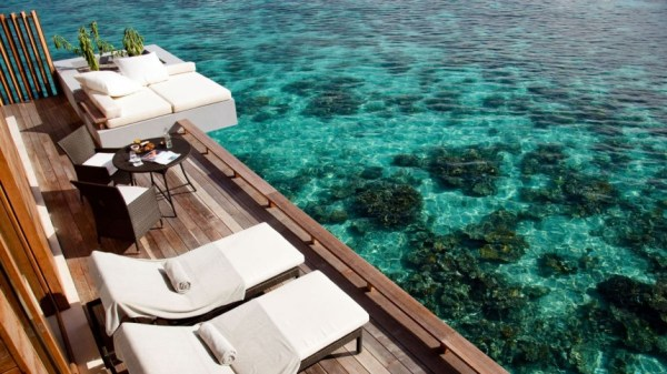 LUXURY HOTELS AND RESORTS IN THE MALDIVES alila villa deck