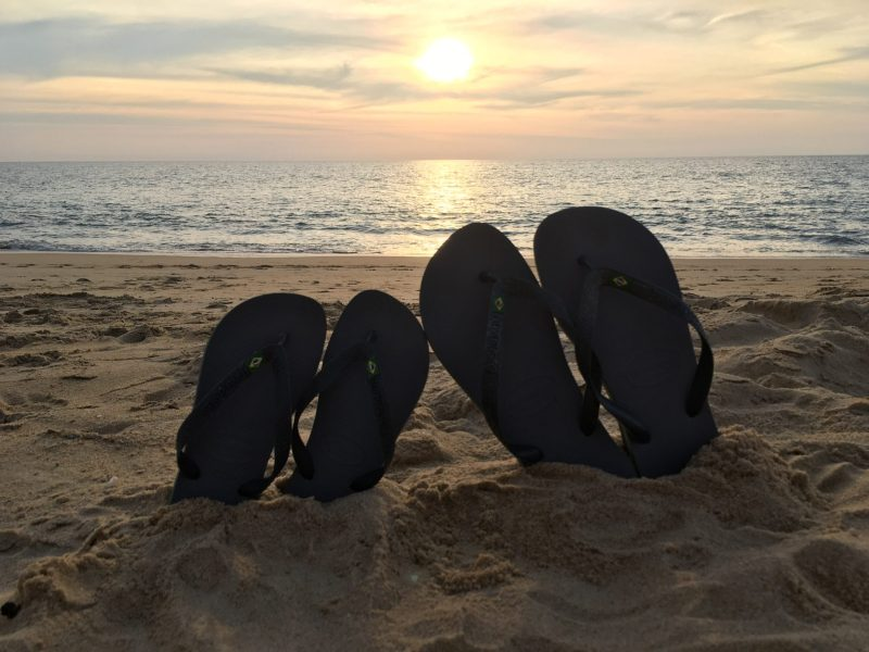 VALENTINE'S DAY GIFT IDEAS WITH HAVAIANAS matching for him and her sunset