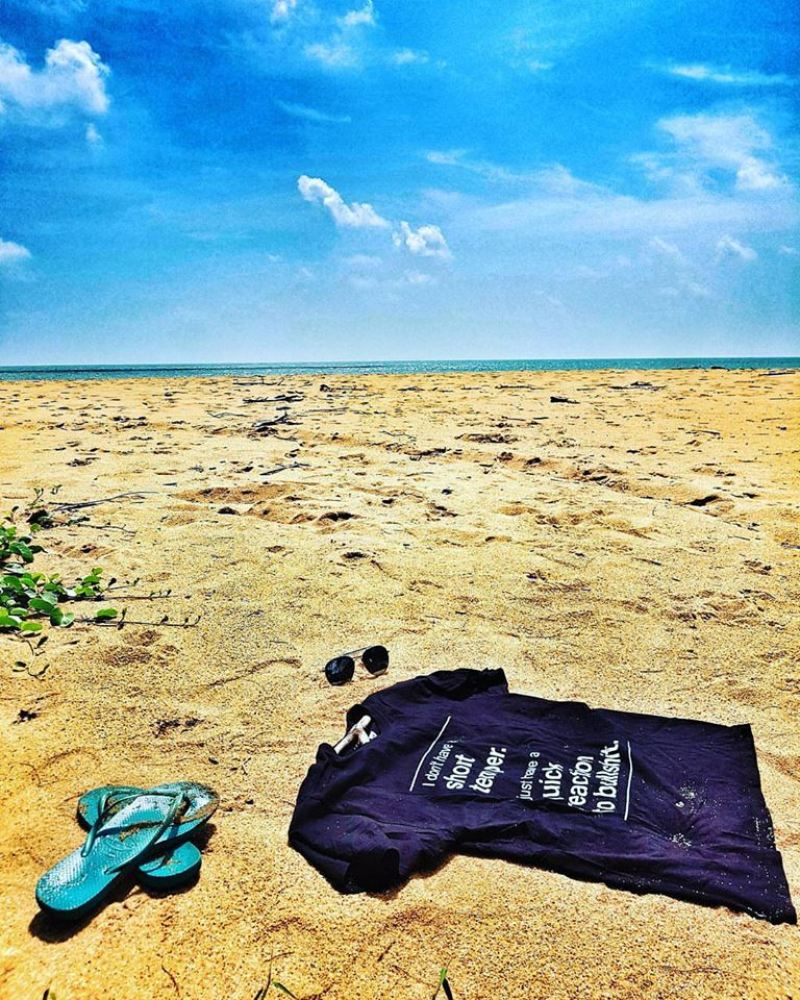 MAKE A FASHION STATEMENT WITH INSVLTEES t shirt on beach