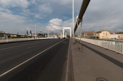 Walking across the Elisabeth bridge