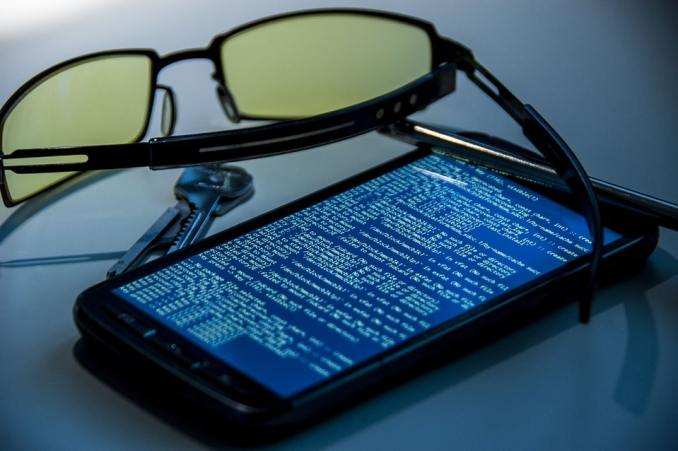 How to Remove a Hacker From My Phone: Codes to Unhack my Phone