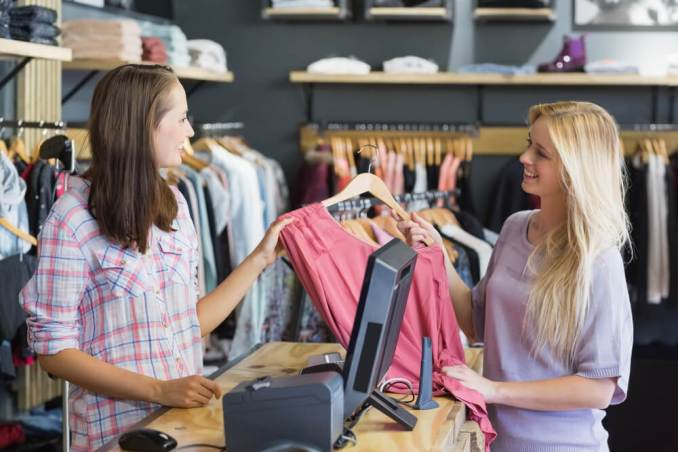 List of Top 16 Companies and Stores that Hire at 16, 17, 18