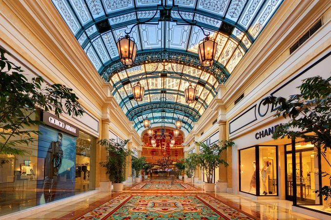 List of Top 22 Largest and Biggest Malls in America You Should Visit