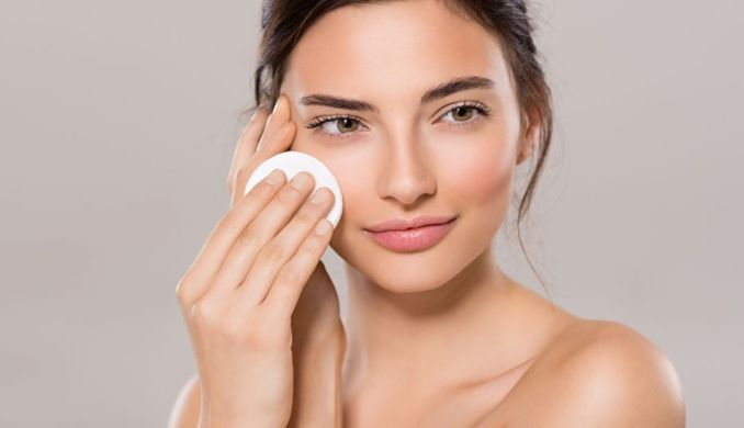 Best Exfoliator for Face & All Skin Types and Benefits of Exfoliation