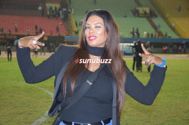 WhatsApp-Image-2019-01-08-at-00.09.06 Match de Gala : Valérie, la femme d'El Hadj Diouf a illuminé le stade (05 images)