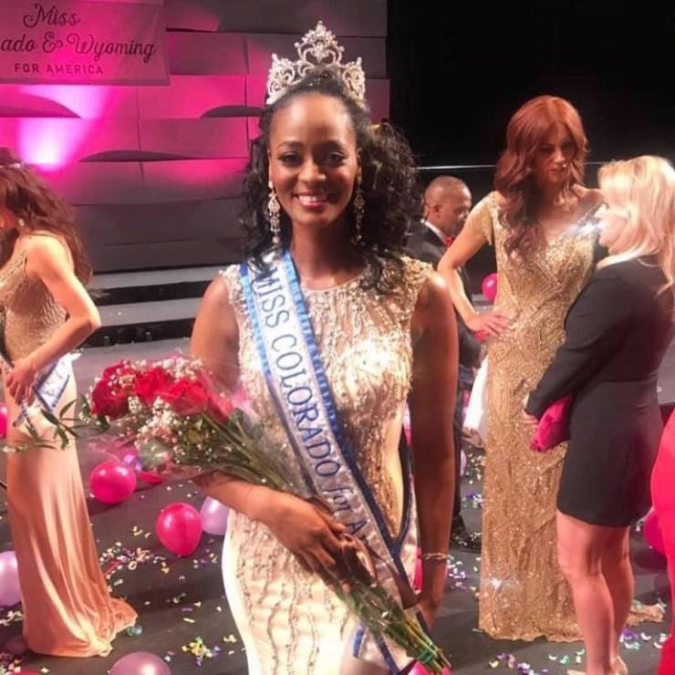"""bf416f9e-49df-40f9-9312-0f90c72d3583 La sénégalaise Aida Sow remporte la couronne de """"Miss Colorado"""""""