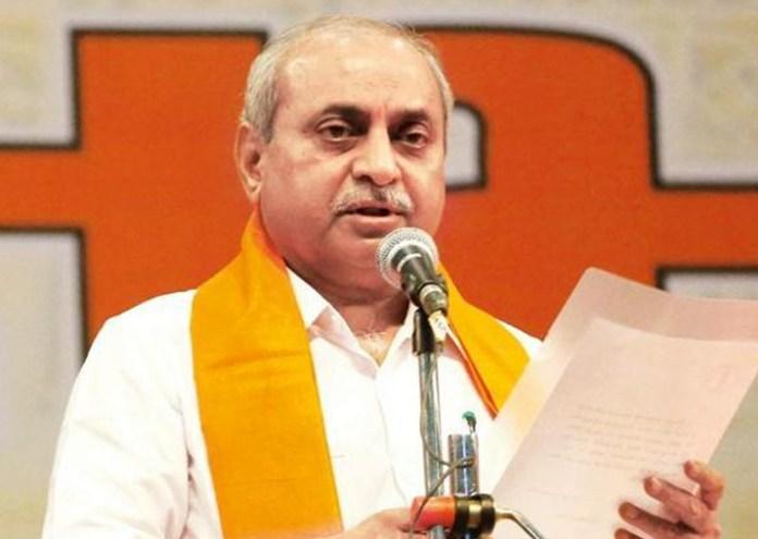 ગુજરાતના મહાનગરોની જનતા અને નગરજનોનો આભાર વ્યક્ત કર્યો હતો. તેમણે જણાવ્યું હતું કે આ જીતથી અમારૂ પણ મનોબળ મજબુત બન્યું છે. રવિવારે જ્યારે મતદાન પૂર્ણ થયું તો મતદાનની ટકાવારી ઓછી હતી.