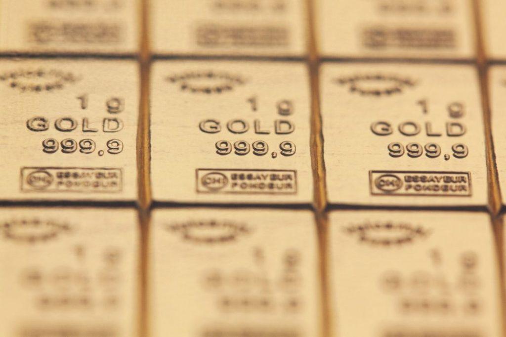 gold-217674_1280