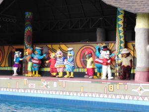 Join Captain Quack & Friends dance when the beat drops!