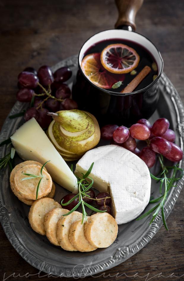 parmesankeksit juustolautanen