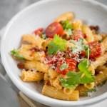 Yhden käden ruokaa – nopea chorizopasta