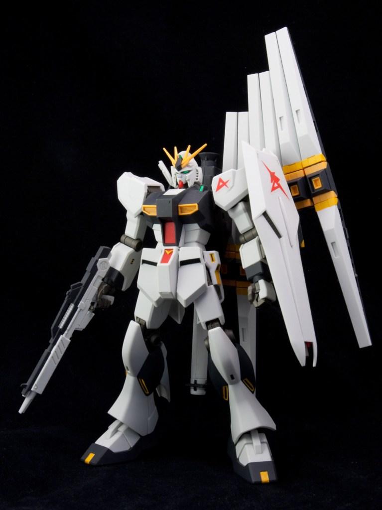 HGUC-Nu-Gundam-009