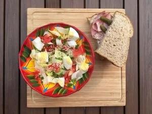 salade-endives-oeufs-tomates