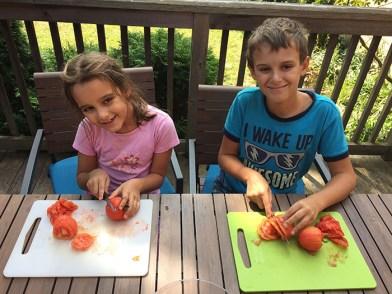 couper des tomates