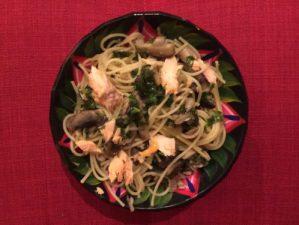 Spaghetti au kale et saumon pour Super Boîte à Lunch
