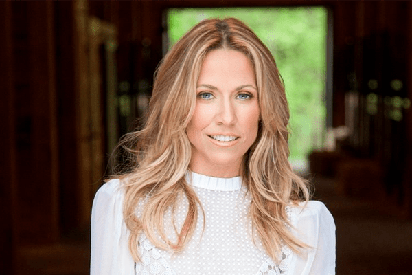 Sheryl Crow Songs, Early Life, Career, Solo Album, Awards, Relationship, Health Issues, Philanthropy and Net Worth