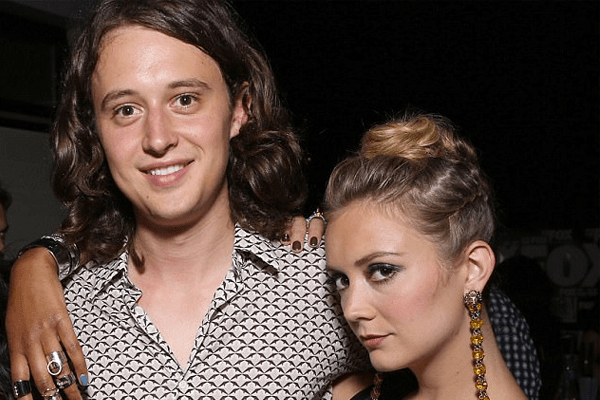 Is Billie Lourd back again with Austen Rydell?