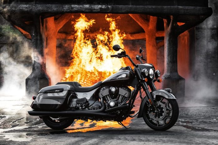 Indian-motorcycle-jack-daniel's-limited-edition-indian-springfield-dark-horse